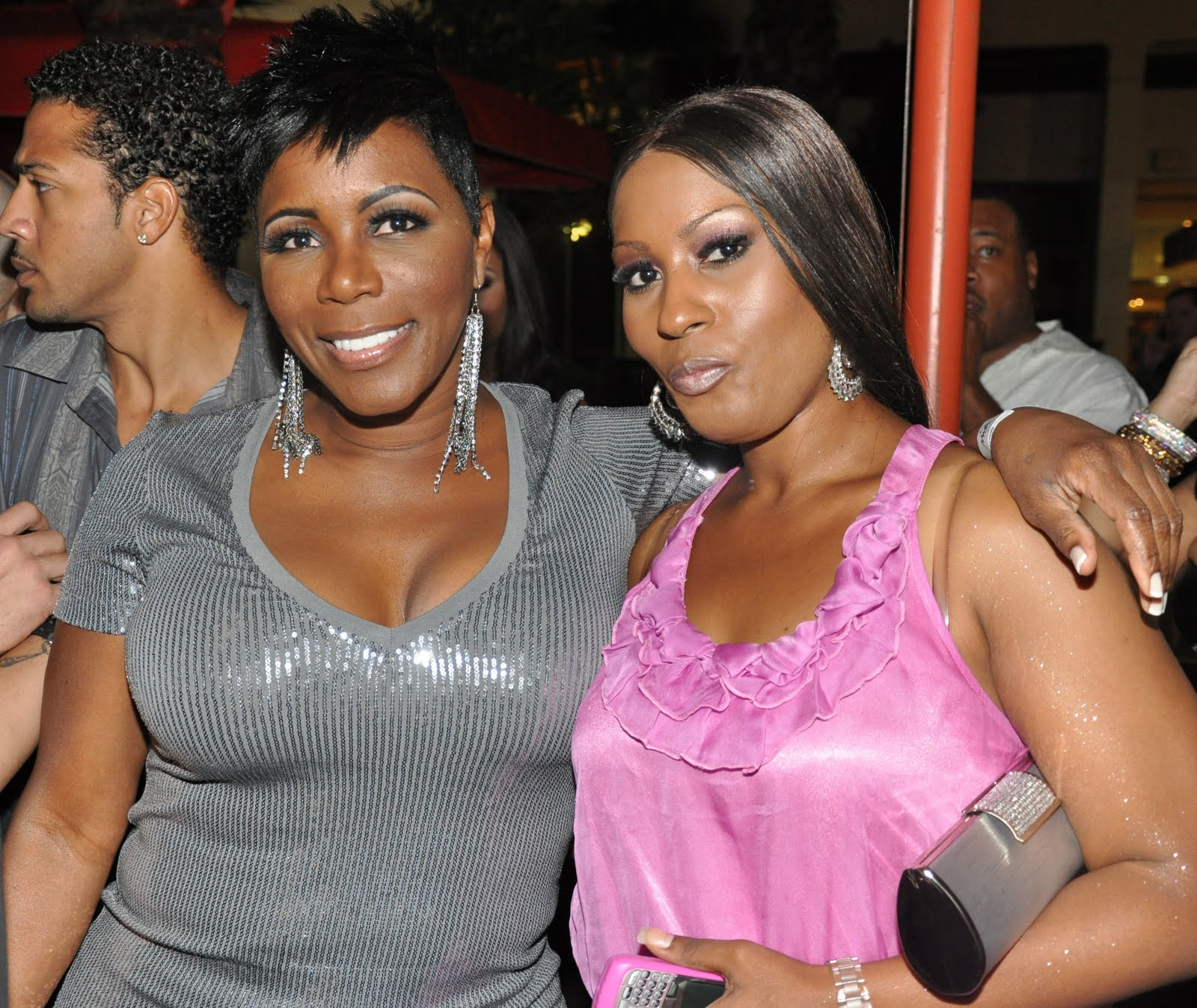 Forum on this topic: Tawny Peaks, sommore/